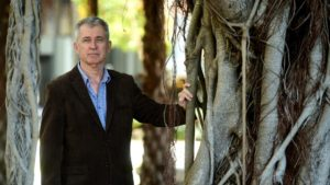 Ex-Colonel Praises Critical Campaign
